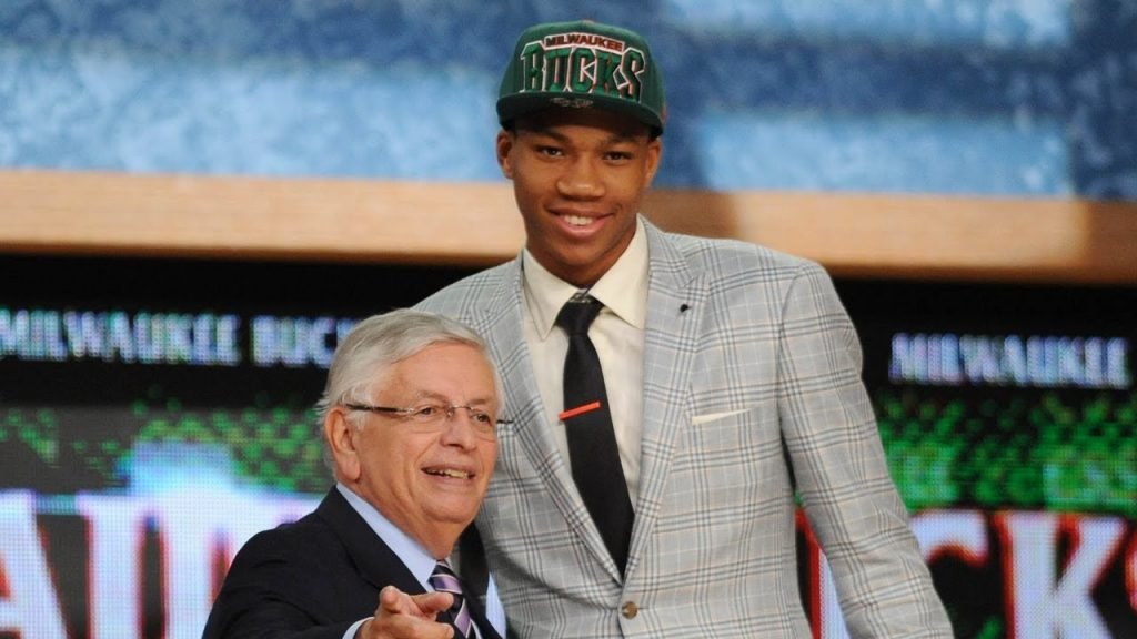 Draft experts had mixed opinions about the Bucks picking Antetokounmpo draft