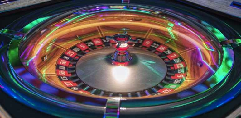 Playing Roulette on the Internet
